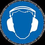 Gehörschutz tragen beim Kompressor